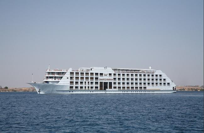 Lake Cruise Omar El Khayam4