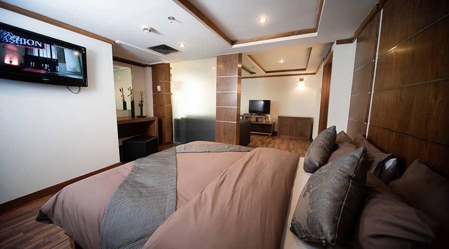 farah-nile-cruise-royal-suite