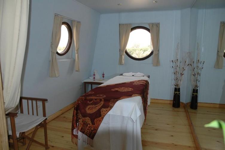 Nile Dolphin Massage Cabin