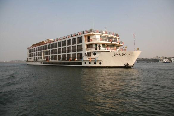Nile-Dolphin-Ship-1