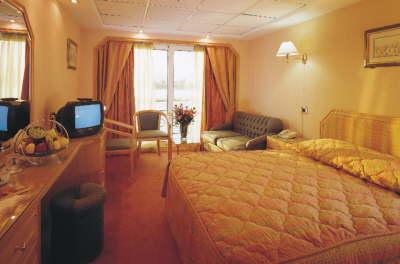 Royal Esadora cabin