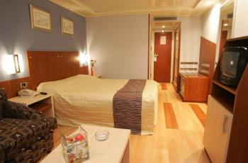 Royal Esadora cabin1