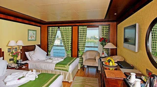 amarco-ii-nile-cruise-junior-suite-3