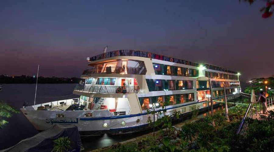 amwaj-living-stone-nile-cruise