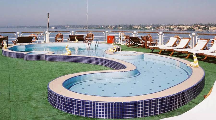 concerto-nile-cruise-pool